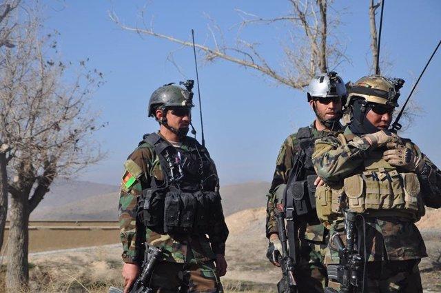 Archivo - Militares afganos destacados en el oeste de Afganistán
