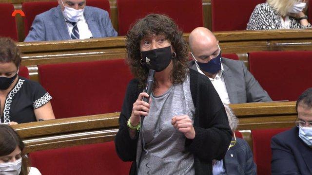 La consellera d'Acció Climàtica de la Generalitat, Teresa Jordà, en el ple del Parlament.