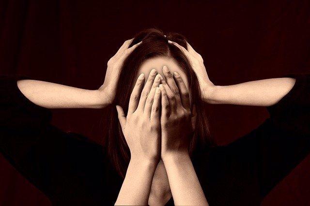 Archivo - Trastorno bipolar, miedo. Depresión. Enfermedad. Drogas. Alucinaciones.