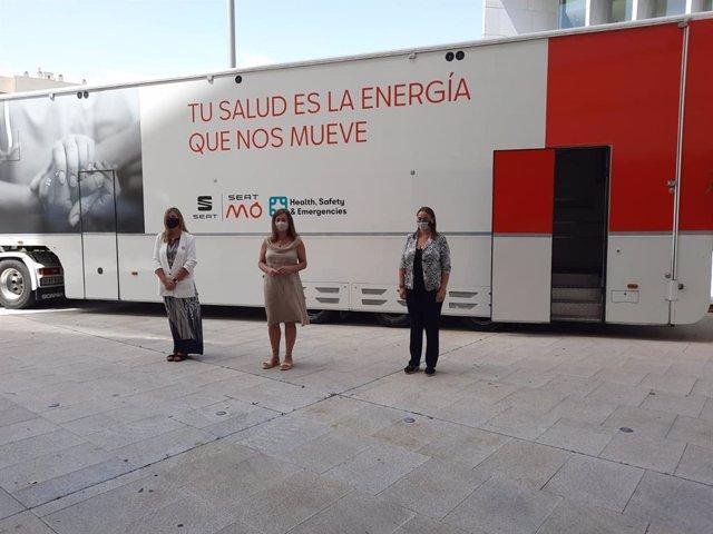 Baleares acelerará la vacunación COVID con tres camiones móviles.