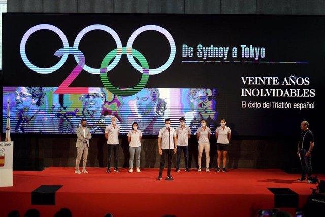 Presentación del equipo olímpico de triatlón