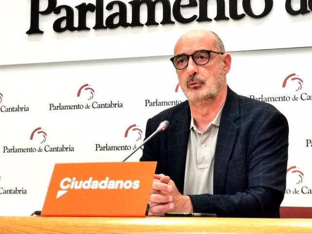 El coordinador de Cs Cantabria, Félix Álvarez