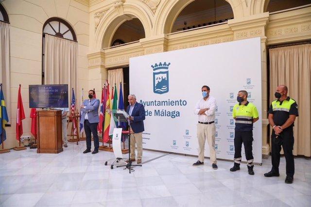El concejal del Área de Movilidad, José del Río, en rueda de prensa para informar sobre el SARE