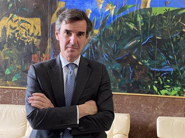 El secretario de Estado del Tesoro, Carlos San Basilio.