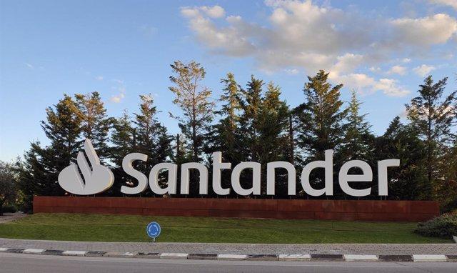 Archivo - Arxiu - Banc Santander.