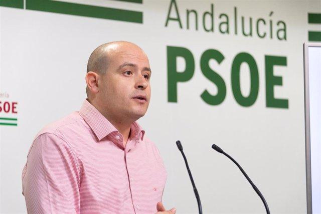 Archivo - El senador y secretario de Organización del PSOE de Almería, Antonio Martínez, en una imagen de archivo