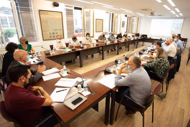 Reunión del consejero Ciriza con representantes municipales