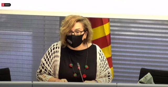 La regidor de Comerç, Mercat, Règim Intern i Hisenda de Barcelona, Montserrat Ballarín, en la comissió de Presidència.