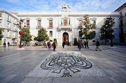 Archivo - Imagen del Ayuntamiento de Granada, en la Plaza del Carmen