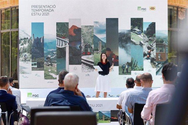 La presidenta de FGC, Marta Subirà, durante la presentación.