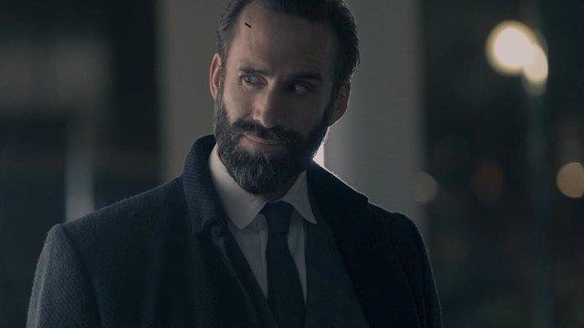"""Joseph Fiennes (Fred Waterford) analiza el final de la temporada 4 El cuento de la criada: """"Siempre lo supe"""""""