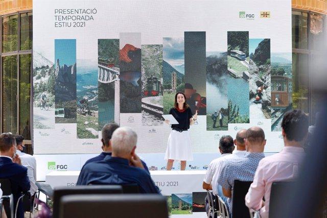 La presidenta de FGC, Marta Subirà, durant la presentació.