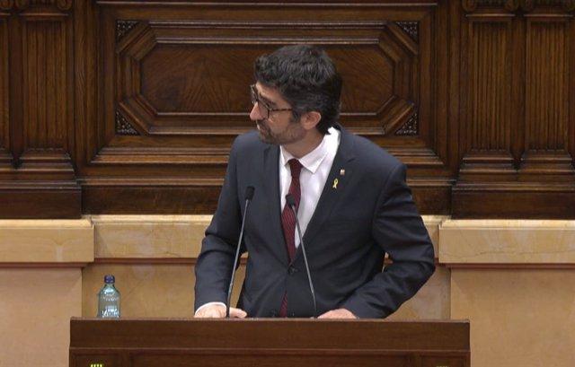 El vicepresidente del Govern y conseller de Políticas Digitales y Territorio, Jordi Puigneró, en el pleno del Parlament.