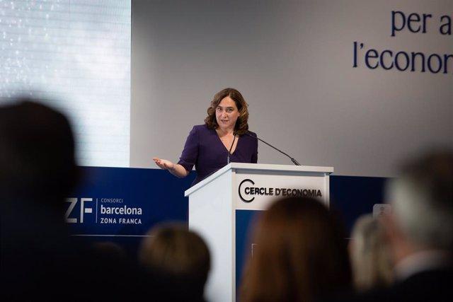 L'alcaldessa de Barcelona, Ada Colau, en la Reunió del Cercle d'Economia.