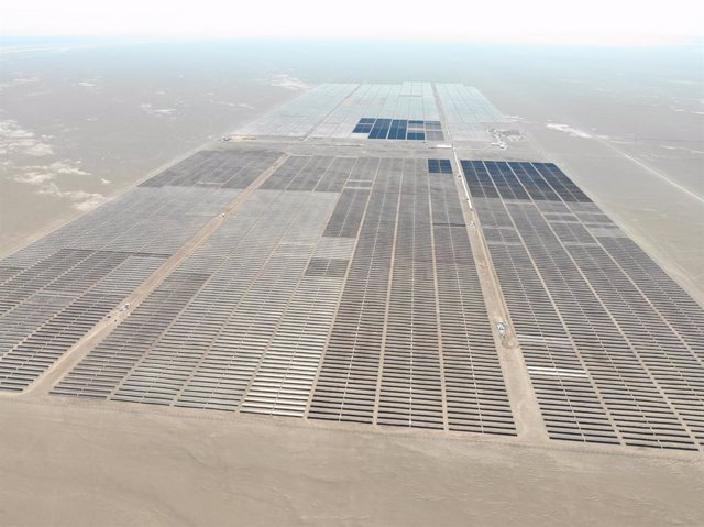 """Archivo - Imagen de la planta solar """"Granja""""  puesta en marcha por Solarpack en Chile."""