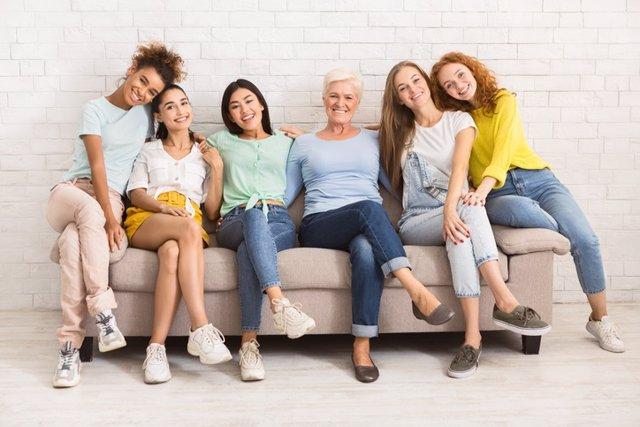 Archivo - Grupo de mujeres.