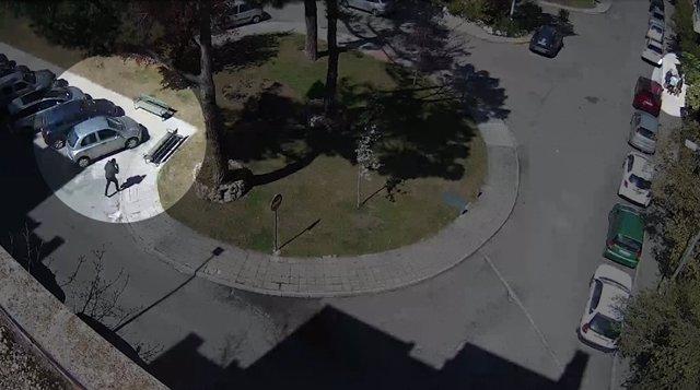 Detenido un hombre que seguía a personas mayores en la calle y las asaltaba cuando entraban a casa