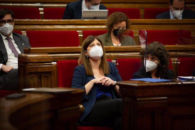 Arxiu - La consellera de Recerca i Universitats de la Generalitat, Gemma Geis, al Parlament.