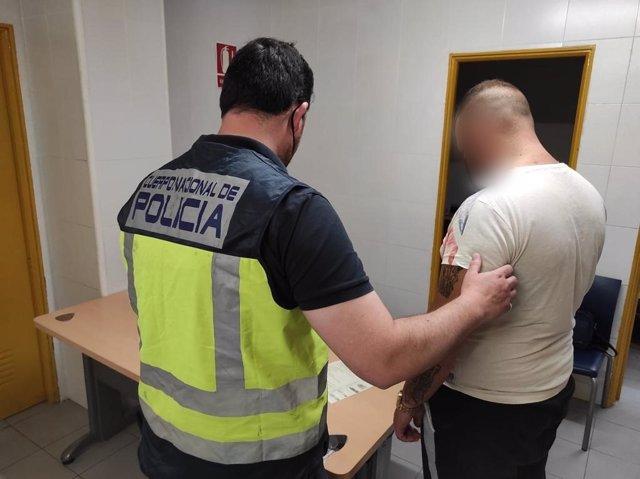 Imagen de uno de los detenidos