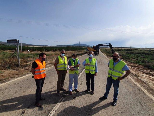 El director general de Carreteras, José Antonio Fernández Lladó, visita el inicio de la obra de la carretera RM-F19