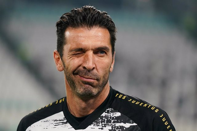 Archivo - Gianluigi Buffon of Juventus Fc during the Italian championship Serie A football match between Juventus and Hellas Verona on October 25, 2020 at Allianz stadium in Turin, Italy - Photo Morgese-Rossini / DPPI