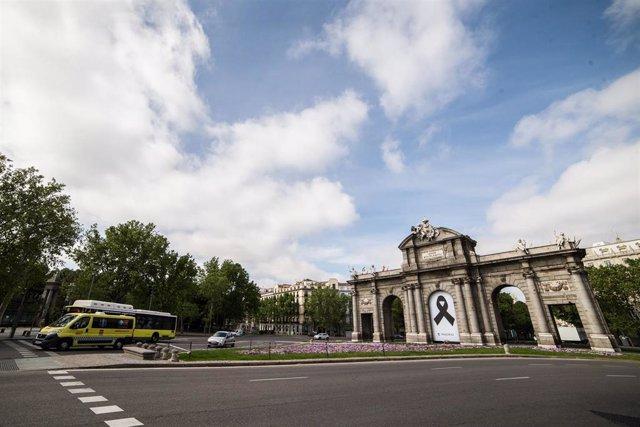 Archivo - La Puerta de Alcalá, en Madrid