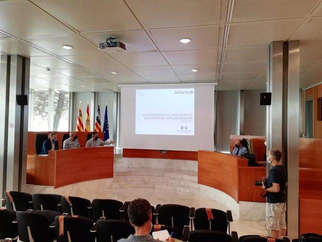 Presentación en Ibiza de las conclusiones del estudio de adaptación al cambio climático de los puertos, ligado al futuro plan general.