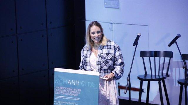 Lorena García, la viceconsejera de Transformación Económica, durante su intervención en el foro 'WomANDigital Summit'