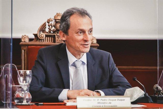 El Ministro Pedro Duque preside el acto de presentación del acceso libre al Diccionarios de Términos Médicos de la RANME