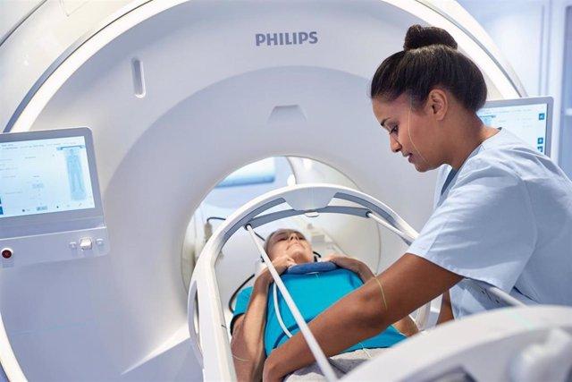 Philips y Elekta intensifican su colaboración estratégica para avanzar en la atención integral del cáncer
