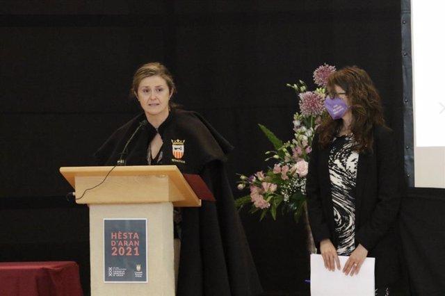 La síndica d'Aran, Maria Vergés, i la consellera d'Igualtat i Feminismes de la Generalitat, Tània Verge.