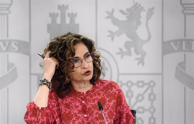 Arxiu - La ministra d'Hisenda, María Jesús Montero.