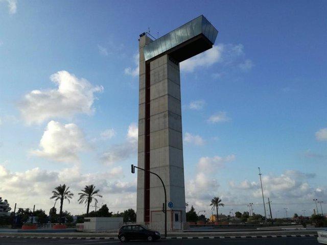 Archivo - Imagen de archivo de la Torre Miramar de València.