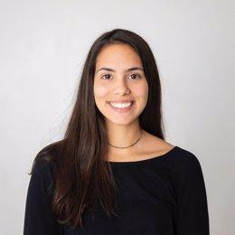 Stephanie Gómez, joven de 25 años de Carballo (A Coruña) nominada a un Emmy del sureste estadounidense por su trabajo como editora en el corto 'Made in America'.