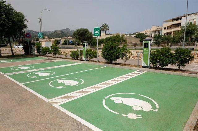 Nuevos puntos de recarga eléctrica para vehículos en Pollença.