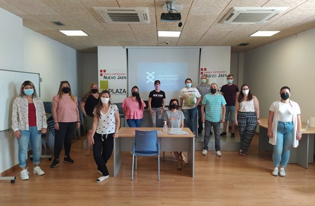 Participantes en la Lanzadera Conecta Empleo de Jaén.