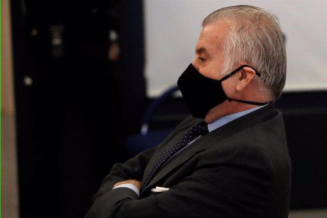 Archivo - El ex tesorero del PP Luis Bárcenas durante el juicio por la presunta 'caja b' del PP.