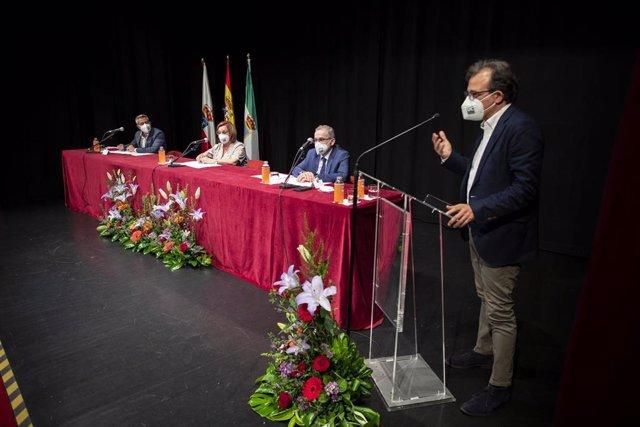 Archivo - Inauguración de los XXXVI Cursos de Verano de la Universidad de Cantabria