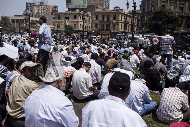 Archivo - Manifestación en Egipto en 2013 en El Cairo.