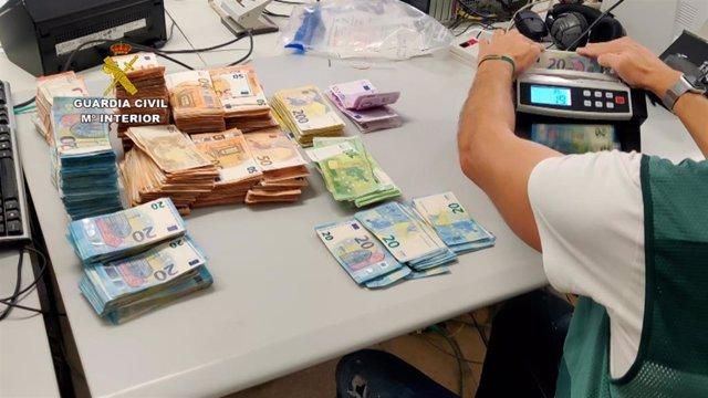 La Guardia Civil detiene a 20 personas dedicadas al tráfico de drogas, blanqueo de capitales y organización criminal en la provincia de Castellón
