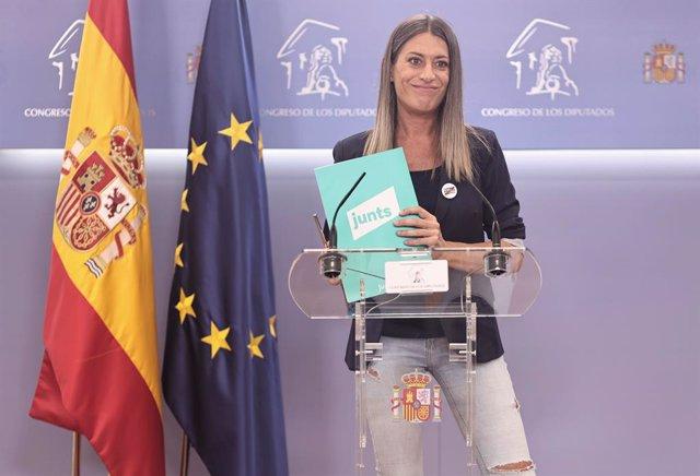 La portaveu de Junts per Catalunya, Miriam Nogueras, intervé en una roda de premsa