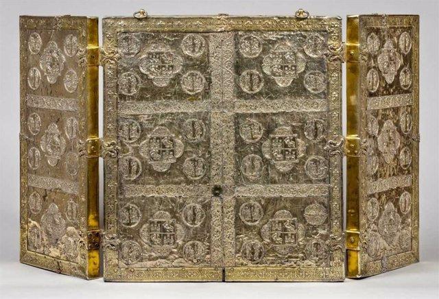 Tríptico relicario de las Tablas Alfonsíes perteneciente al tesoro de la Catedral