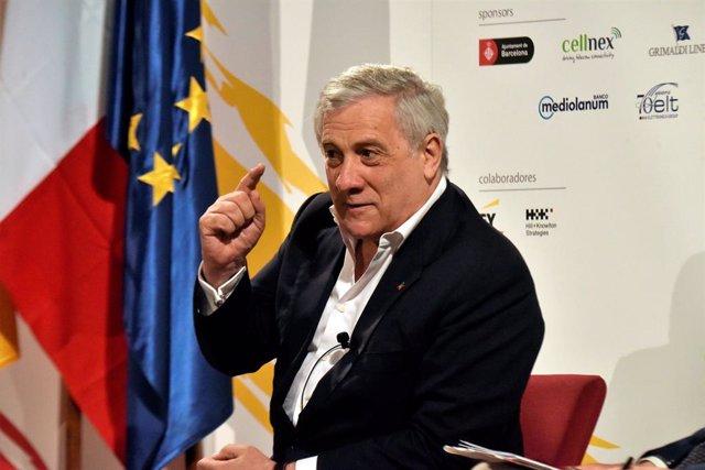 El presidente de la Comisión sobre Asuntos Constitucionales del Parlamento Europeo, Antonio Tajani, en el Foro de Diálogo España-Italia