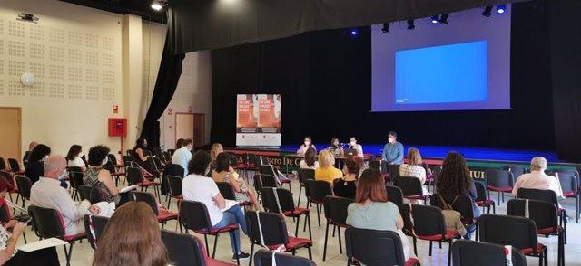 Ayuntamiento de Granada organiza unas jornadas donde asociaciones de personas con discapacidad comparten experiencias