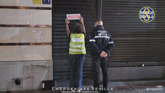 La Policía Local de Sevilla precinta un bar en Sevilla al incumplir medidas Covid
