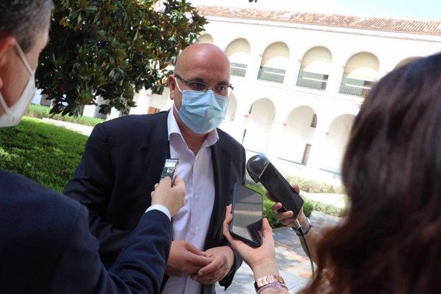 El diputado de Ciudadanos en el Parlamento de Andalucía por Granada Raúl Fernández.