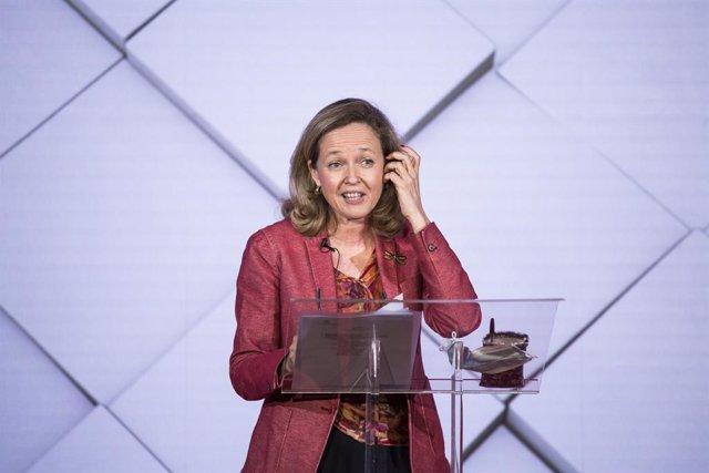 La vicepresidenta segunda del Gobierno, Nadia Calviño, durante la presentación del Festival de Cortos 'Diversidad en Serie. Historias que merecen ser contadas', en la sede de la Fundación de Ayuda contra la Drogadicción (Fad), a 9 de junio de 2021, en Mad