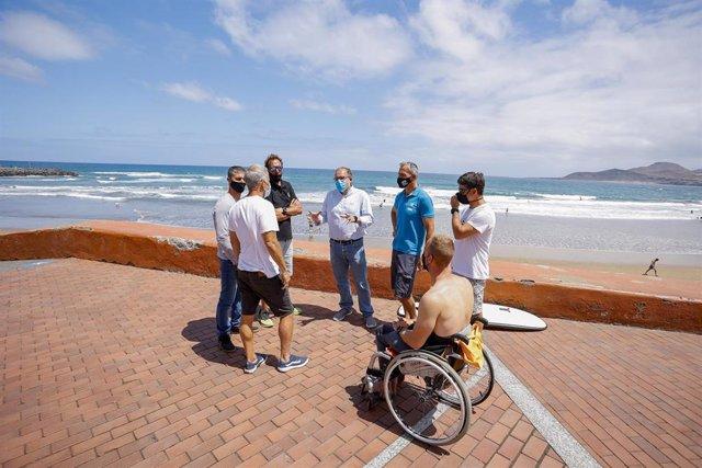 Las Palmas de Gran Canaria, opta en 2021 a convertirse en Reserva Mundial de Surfing