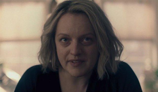 """Elisabeth Moss analiza el final la temporada 4 El cuento de la criada: """"June descubre la clase de guerrera que es"""""""