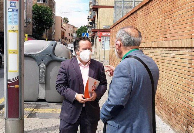 El concejal de Ciudadanos (Cs) en el Ayuntamiento de Sevilla, Lorenzo López Aparicio, en Triana